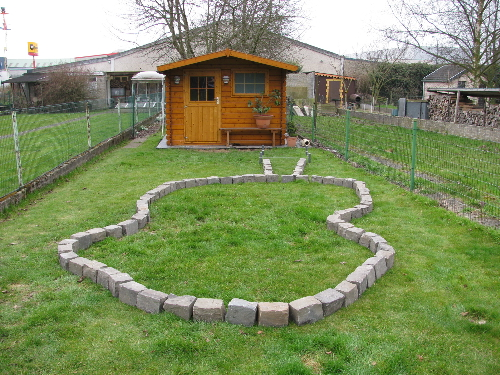 Le bassin de jardin de tommy for Bassin jardin avec cascade